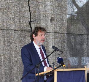 Govor predsjednika DSHV-a Tomislava Žigmanova prigodom svečanosti postavljanja kamena temeljca za Hrvatsku kuću
