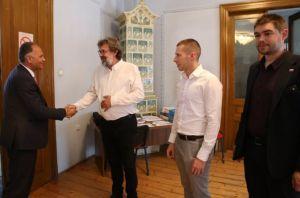 Predsjednik DSHV-a Žigmanov sa zastupnikom Veljkom Kajtazijem