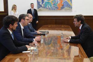 Predsjednik Vučić na sastanku sa Žigmanovim pozvao građane Srbije da poštuju hrvatsku zajednicu