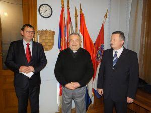 Održana je 1. sjednica predsjedništva i božićni domjenak u Domu DSHV-a