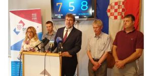 Konferenciju za medije predsjednika DSHV-a Tomislava Žigmanova